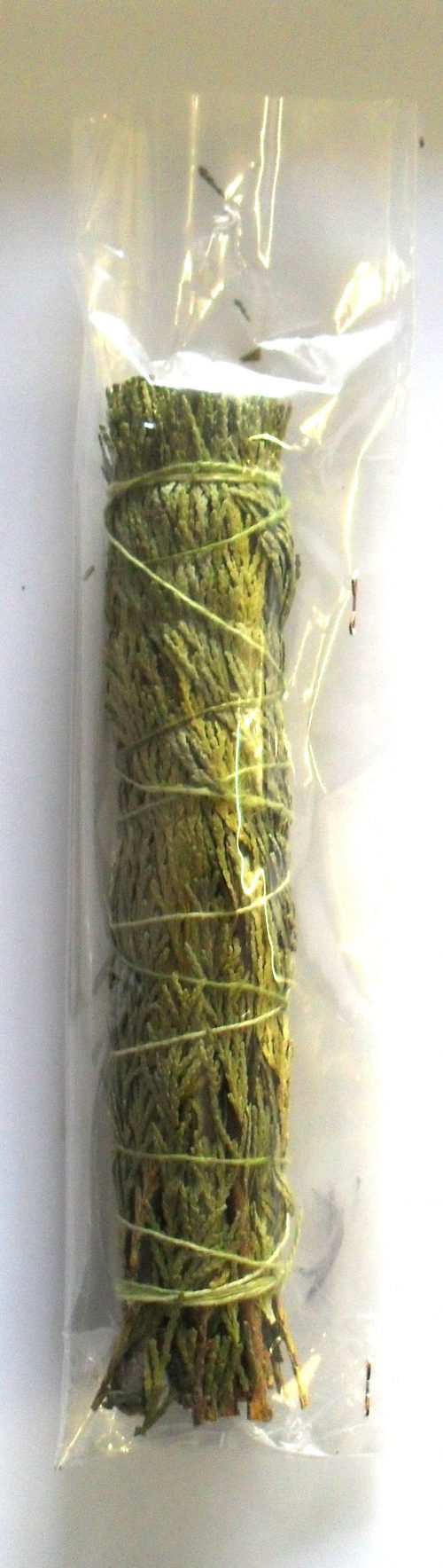Cedar Leaves Smudge Stick (20 cm)